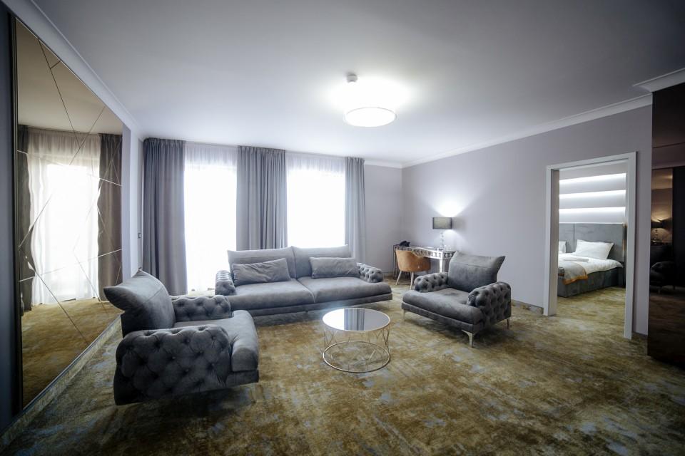 https://royalclassic.ro/wp-content/uploads/2019/04/royal-classic-cluj-apartament-de-lux-06.jpg