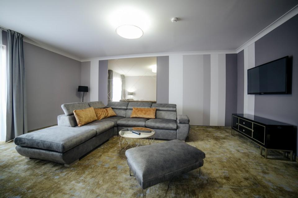 https://royalclassic.ro/wp-content/uploads/2019/04/royal-classic-cluj-apartament-de-lux-14.jpg
