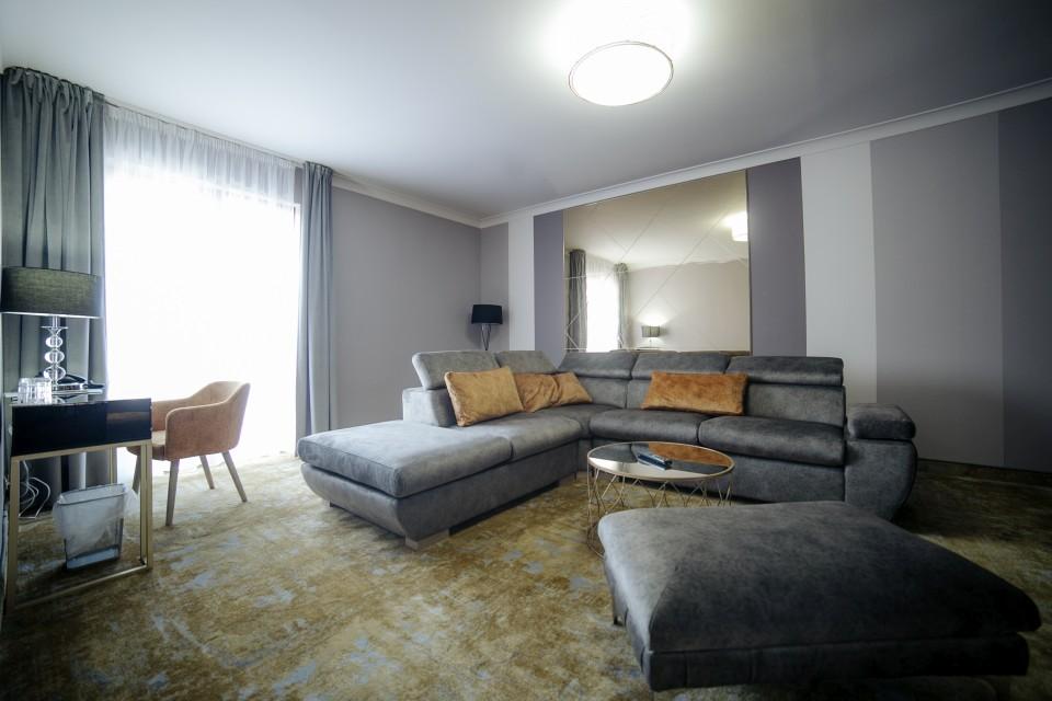 https://royalclassic.ro/wp-content/uploads/2019/04/royal-classic-cluj-apartament-de-lux-15.jpg