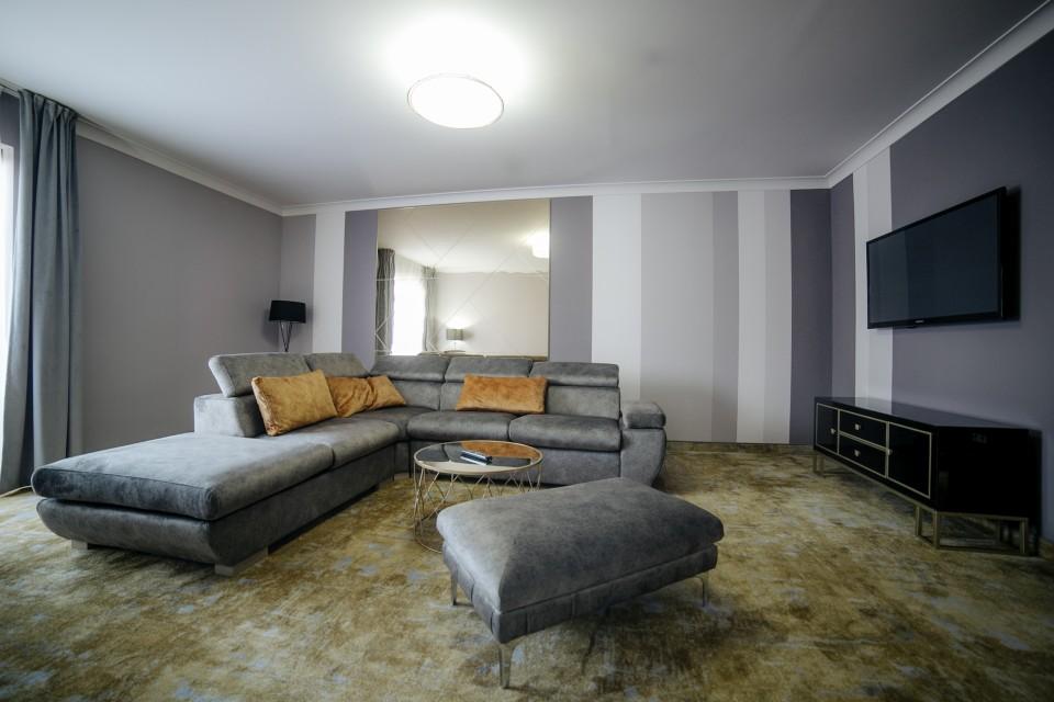 https://royalclassic.ro/wp-content/uploads/2019/04/royal-classic-cluj-apartament-de-lux-16.jpg