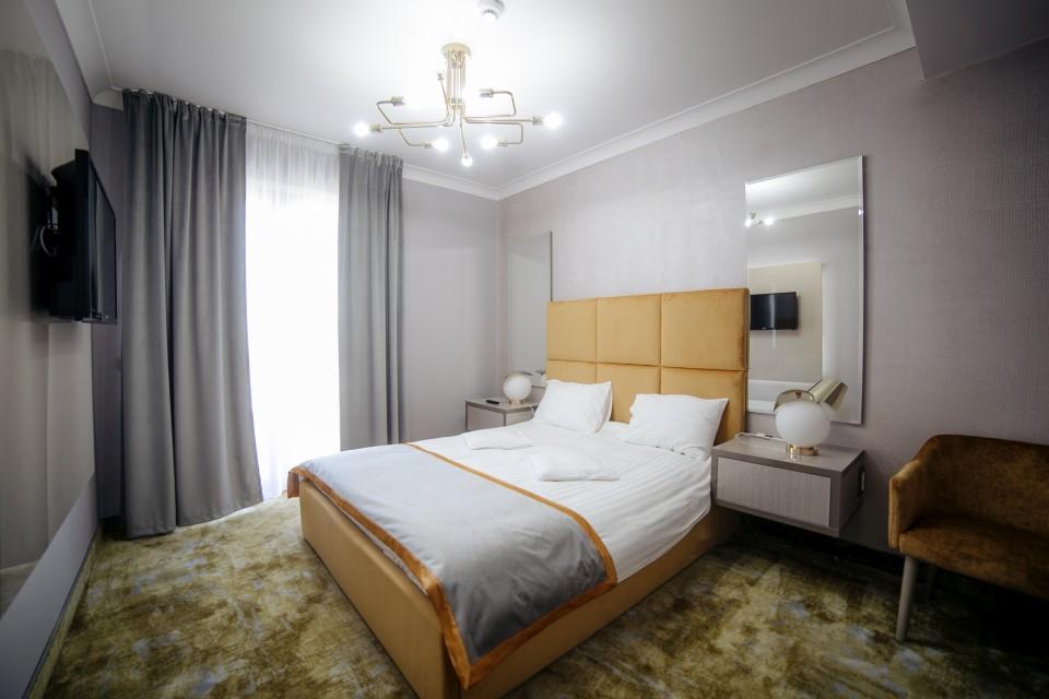 https://royalclassic.ro/wp-content/uploads/2019/04/royal-classic-cluj-apartament-standard-03.jpg