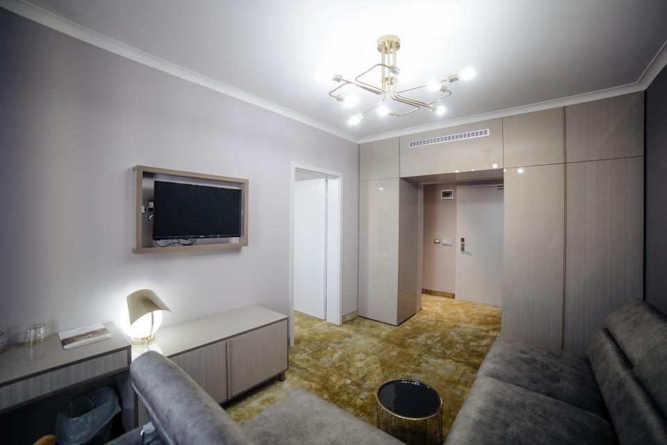 https://royalclassic.ro/wp-content/uploads/2019/04/royal-classic-cluj-apartament-standard-06.jpg
